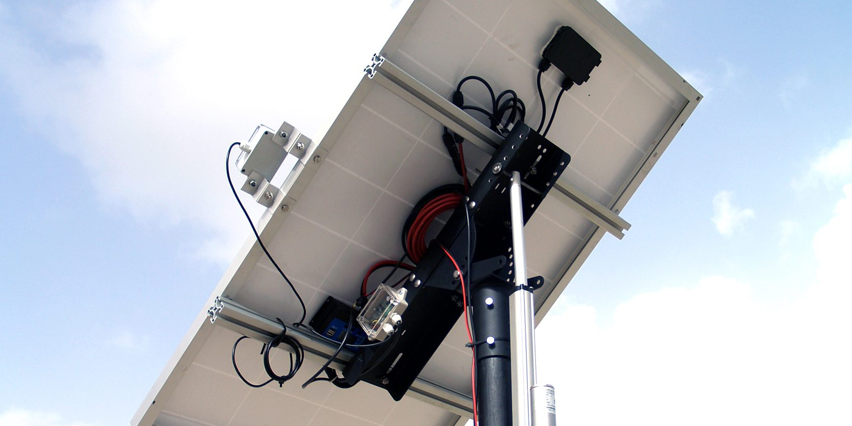 LoriSense Basic Single Axis Solar Tracker Example Application