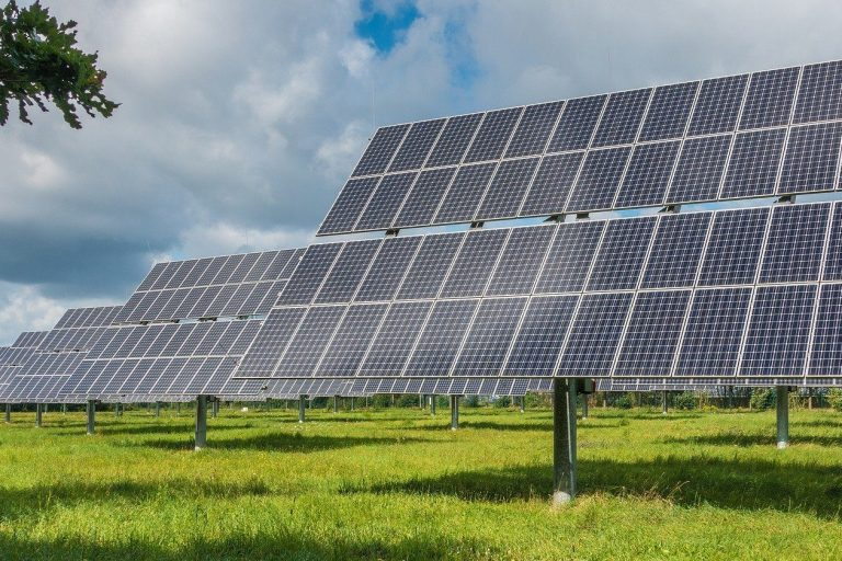 Solar Tracking Systems - LoriSense Example Applications
